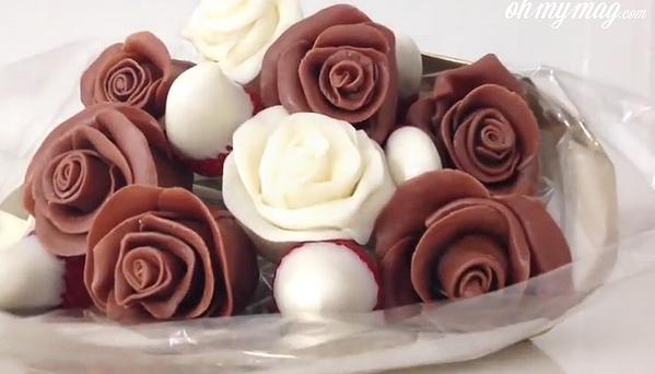 Non, Chantal n\u0027est pas devenue herbivore, elle adore simplement le chocolat  et Robert a eu la bonne idée de suivre la recette des roses en chocolat  fourrées